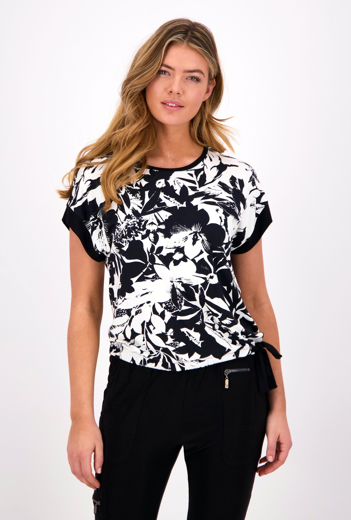 Monari Shirt Summer Time Flower Black and White